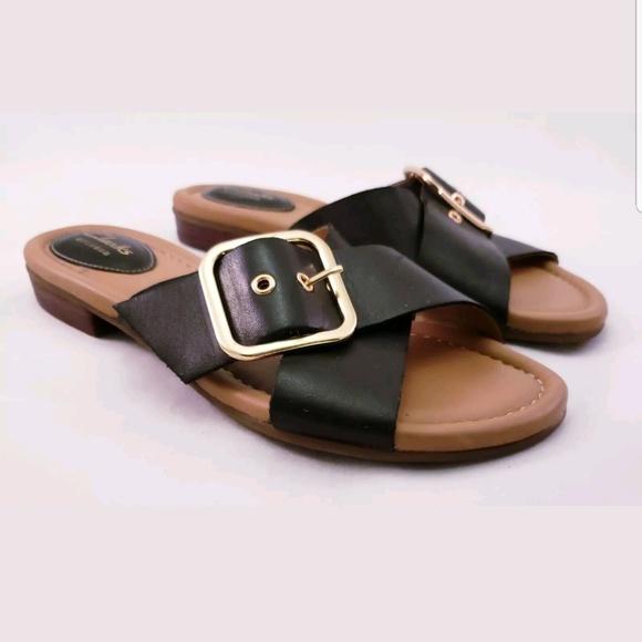 235ed40dd1ab Clarks Women Artisan Black Sandal Slides